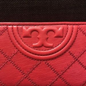 Tory Burch Bags - NWOT Tory Burch Fleming Slim Leather Wallet